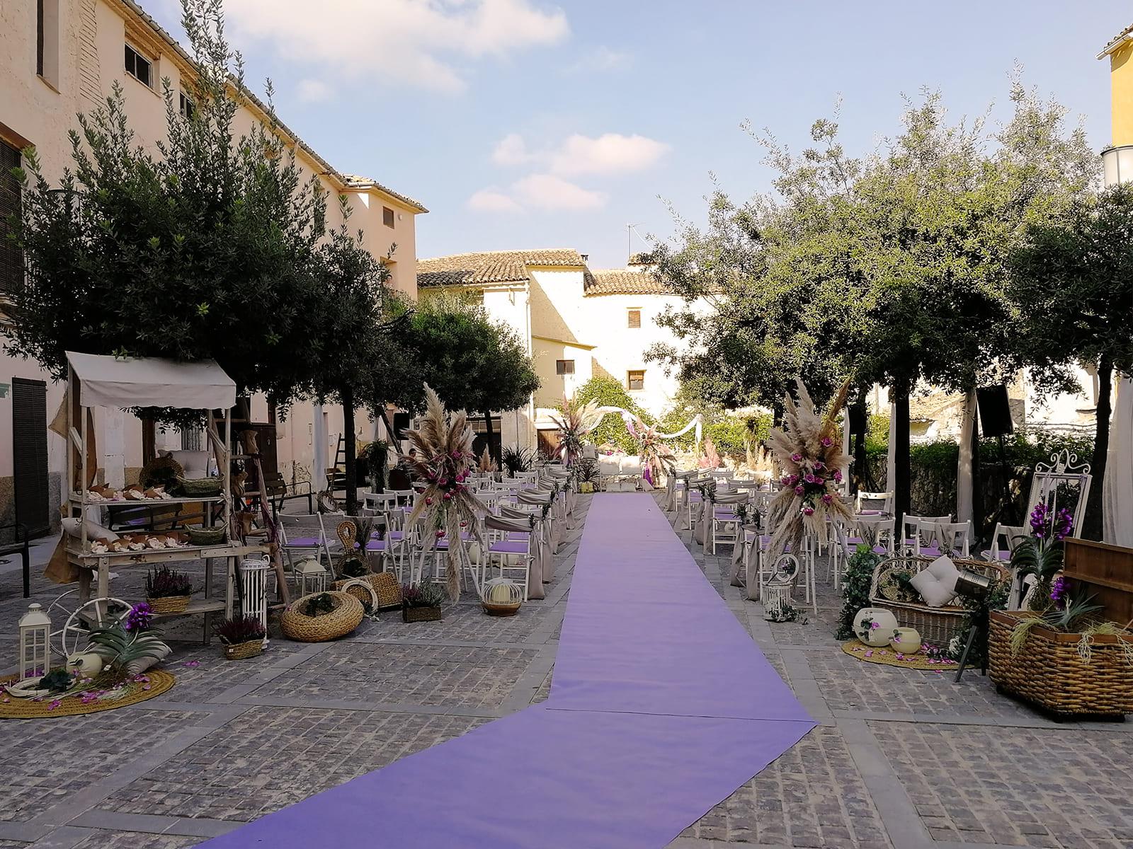 boda-civil-tonos-morados-MJ-02_HIDROJARDIN-Bañeres