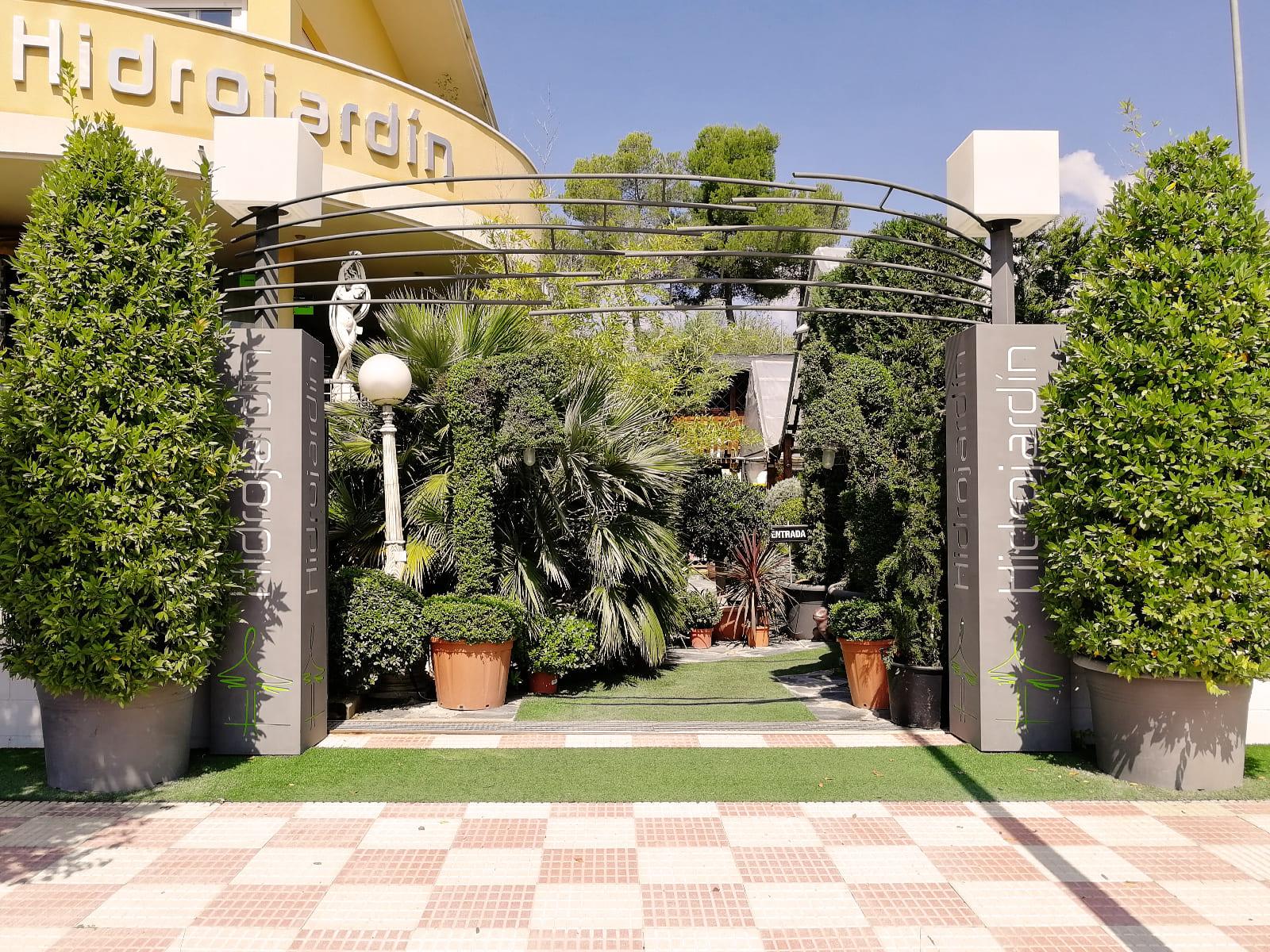 centro-jardineria-garden-invernadero-artesanal-madera-fuente-01_HIDROJARDIN-Bañeres