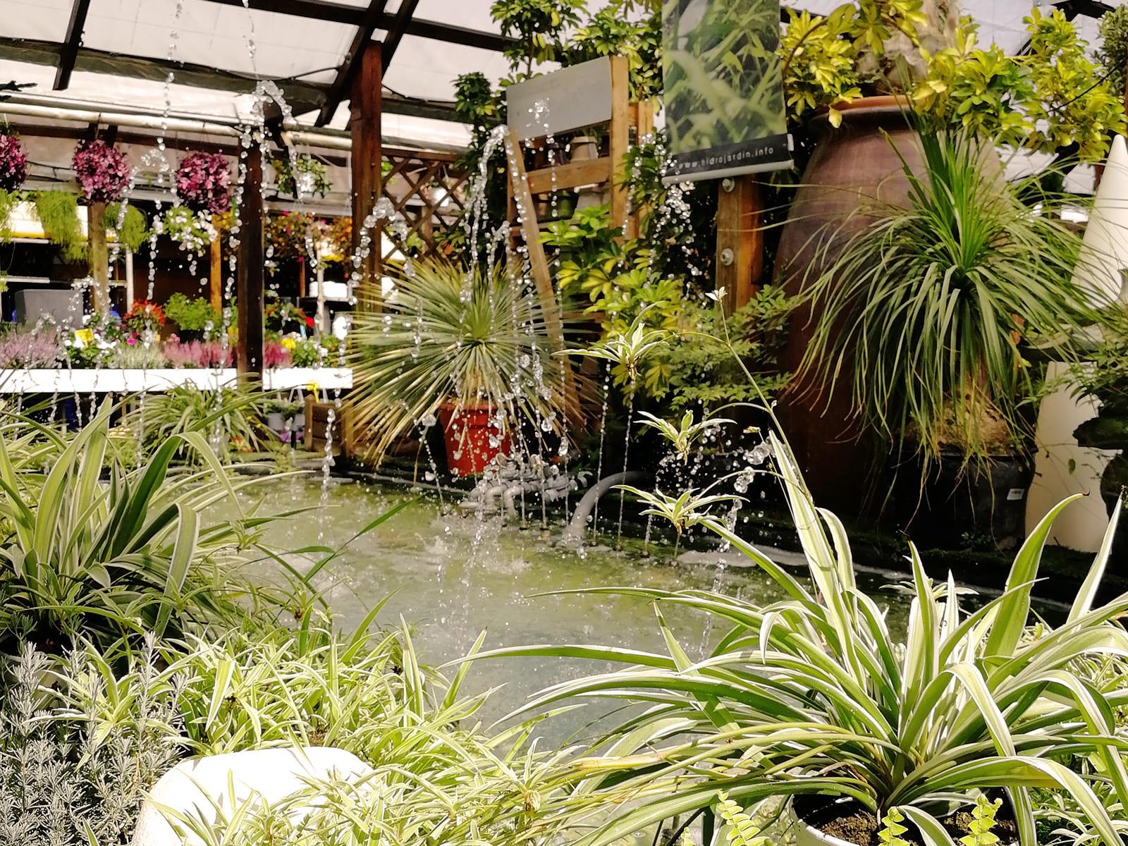 centro-jardineria-garden-invernadero-artesanal-madera-fuente-12_HIDROJARDIN-Bañeres