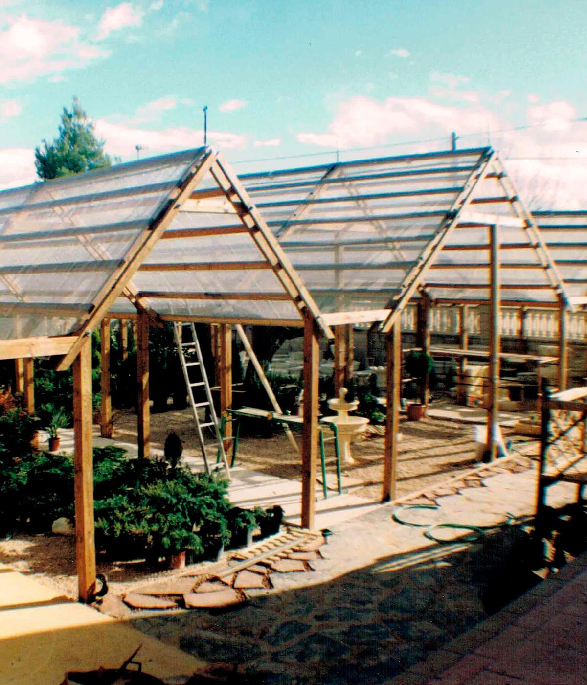 construccion-invernadero-madera-artesanal-02_HIDROJARDIN-Bañeres