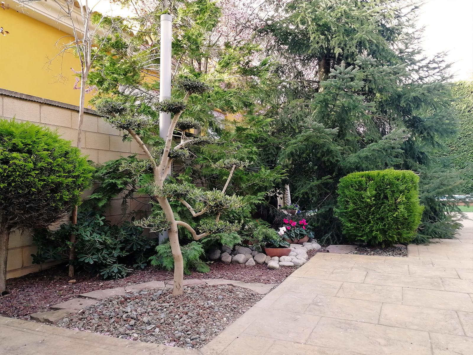 diseño-jardines-jardin-decoracion-IN-06_HIDROJARDIN-Bañeres