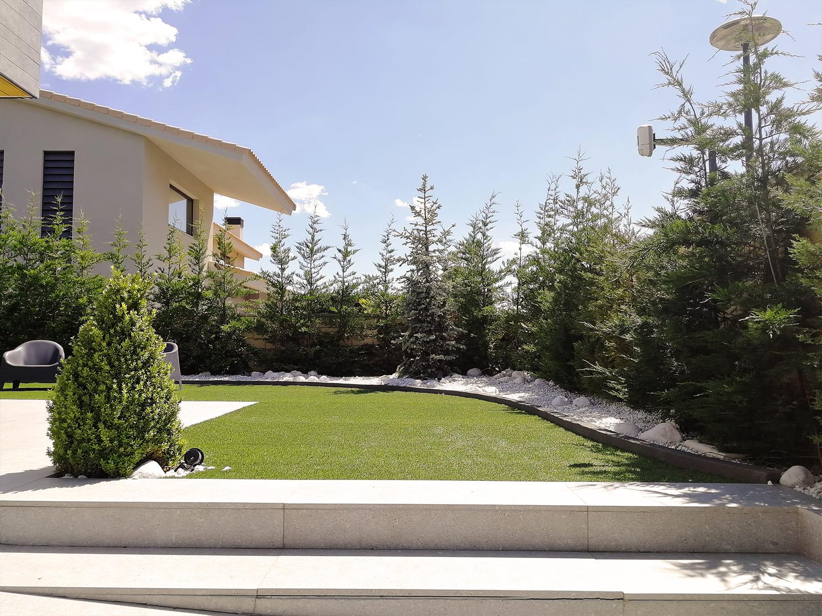 diseño-jardines-hamaca-olivo-JP-04_HIDROJARDIN-Bañeres