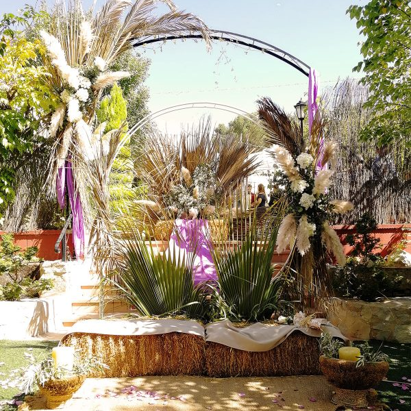 boda-civil-rupestre-personalizada-tonos-morados-SJ-01_HIDROJARDIN-Bañeres