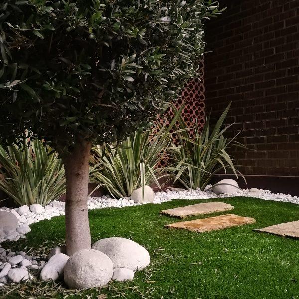 diseño-exteriores-jardineras-CA-01_HIDROJARDIN-Bañeres